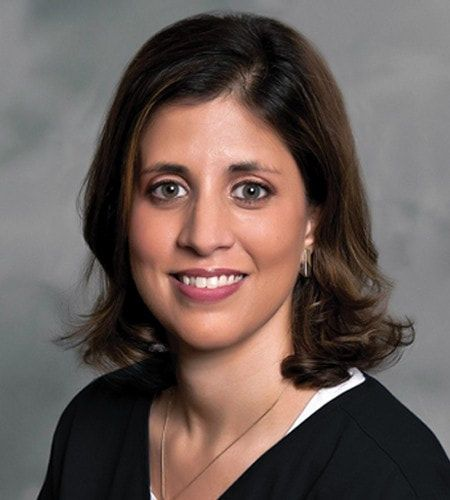 Picture of Dr. Maryam Ahsan, Chiropractor in Schaumburg, Illinois